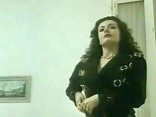 Mature Brunette Jessica Rizzo In Hardcore Vintage Ass Drtuber