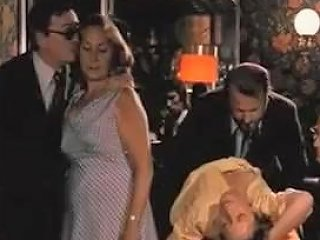 La Bonzesse 1974 Cuckold Scene Tubepornclassic Com