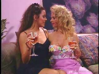Felecia And Marilyn Play With Each Other's Vags In Retro Lesbian Scene